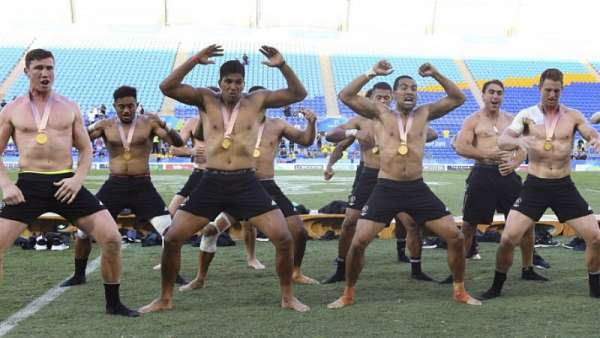 "El ""Haka de Oro"" de los All Blacks 7's"