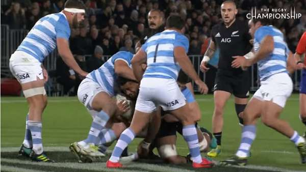 "Shannon Frizell y su ""Momento"" del Rugby Championship"