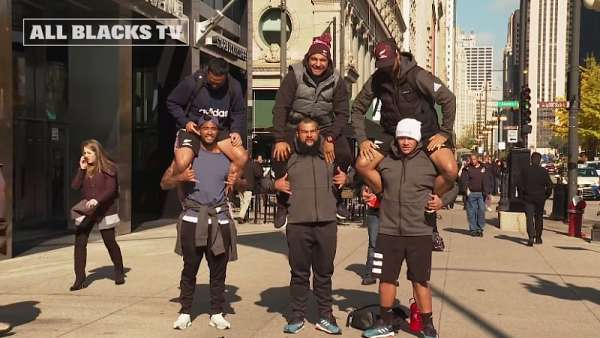 Los All Blacks de paseo en Chicago